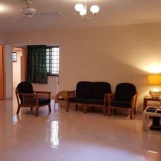 3 common rooms for rent