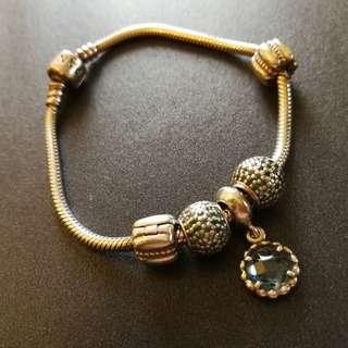 (Price Reduction) Preloved Pandora bracelet (100% authentic)