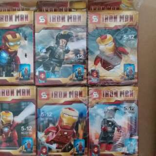 Iron Man 積木模型 8 盒連展示膠盒