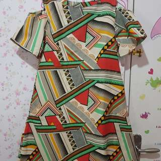 Dress Abstrak