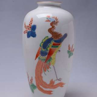 秀峰作彩鳳紋白瓷花瓶