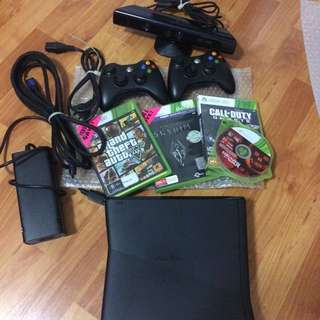 Xbox 360 s with kinect, games and extras