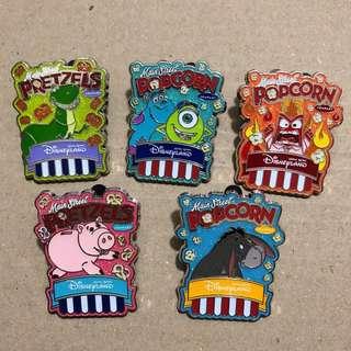 $60@ Main Street POPCORN PRETZELS 盒裝 PIN  迪士尼 徽章 Disney Pin
