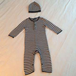 Baby Gap Knitted outfit
