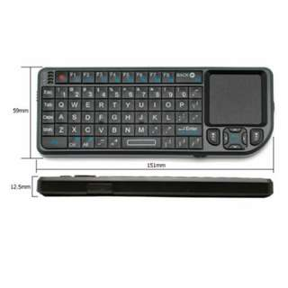 Wireless mini Keyboard / Air Mouse pad 99% new with laser pointer