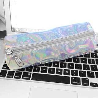 039   holographic pencil case 🌸