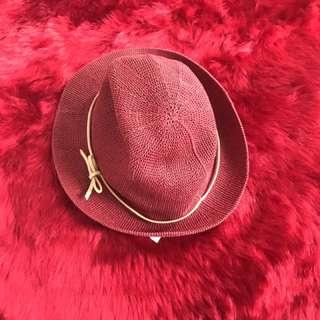 Topi cowboy stradivarius merah
