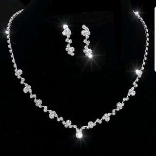 Bridal and dinner crystal set (necklace, earring)