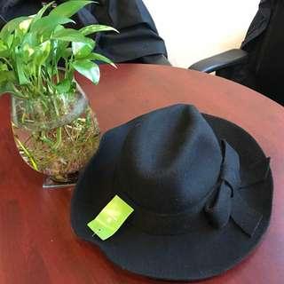 🈹KateSpade 女裝絨帽🎩全新