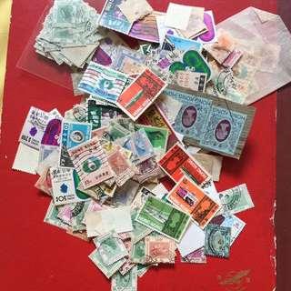超过700pieces香港邮票