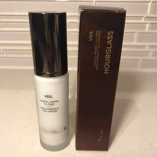 New Hourglass Veil Mineral Primer
