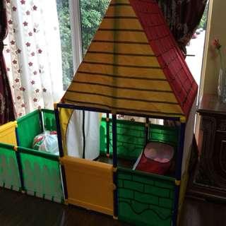 Sunny play house tent