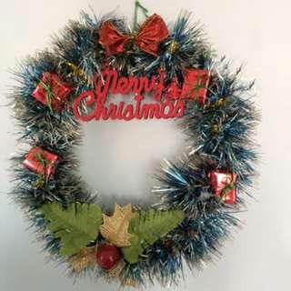 Christmas wreath / gantungan pintu natal