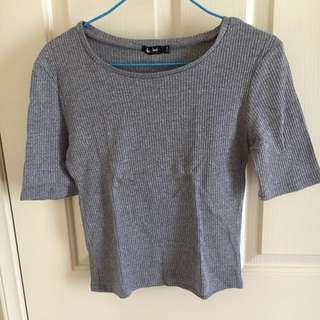 Grey crop shirt
