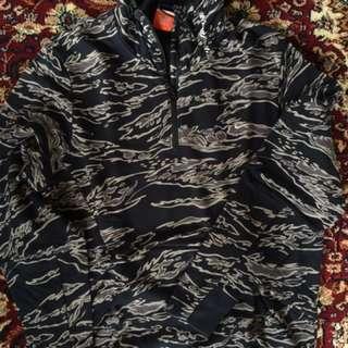 Nike Camo Jacket sz L