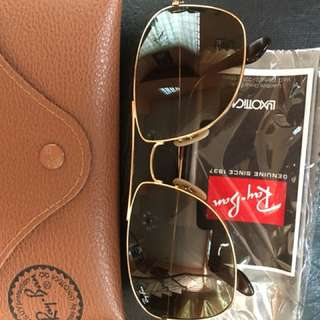 Authentic Rayban Sunglasses RB3477