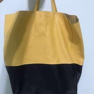 🚚 Celine shopping bag