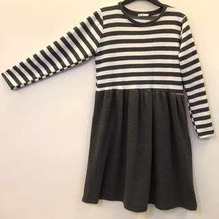 (Korea)圓領 灰白條紋 灰裙子 長袖洋裝