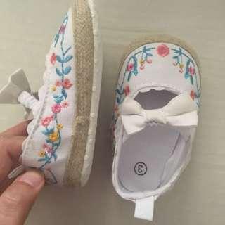 Sepatu bayi / pre-walker shoes