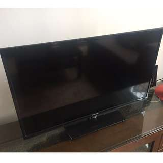 40 inc TV for sale