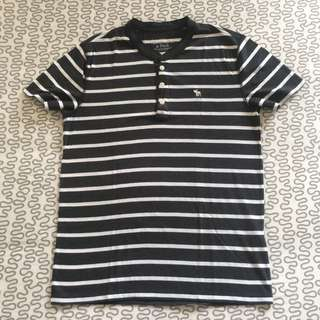 Abercrombie & Fitch Button T-shirt