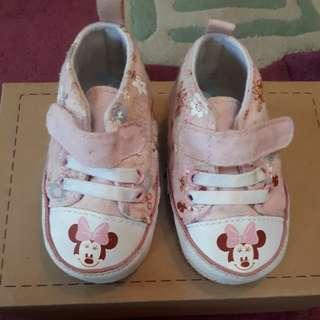 Sepatu bayi disney  'minnie mouse'