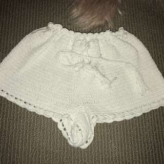 Crotchet knit shorts white
