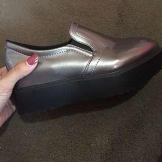HK Shoes