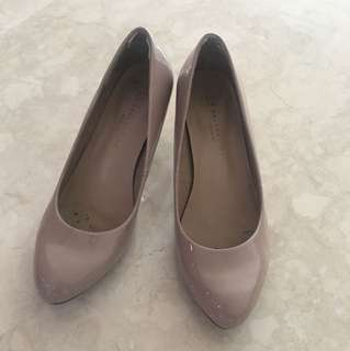 Mark and Spencer Nude pumps heels