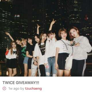 giveaway by @tzuchaeng !!