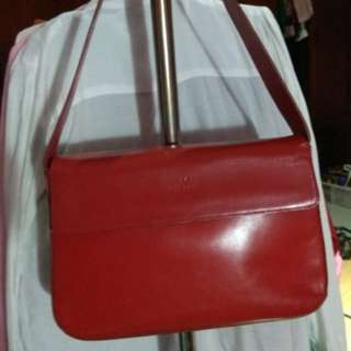 Valerie -  Tas kulit asli