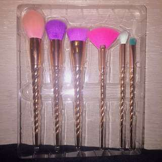 6 Piece Makeup Brush Set