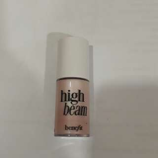 Benefit mini High Beam