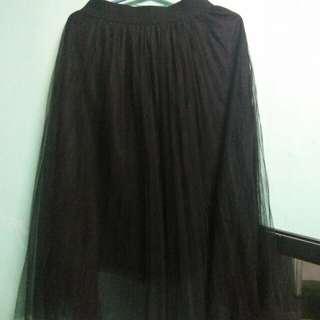 Genevieve Gozum Tulle Skirt (BLACK)