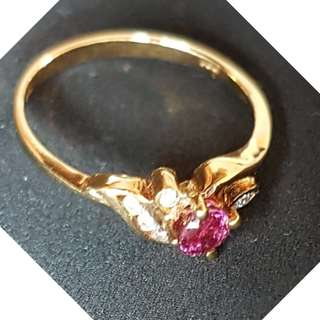 Floral Design 18K Gold Ring - Ruby with Diamonds
