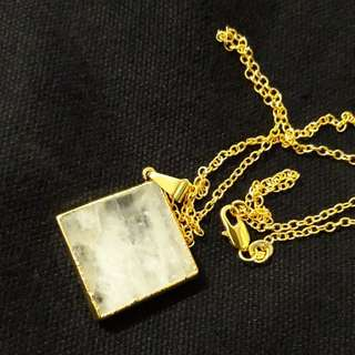 Dipped Rose Crystal with 18k gold chain