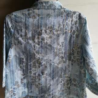 Cropped jacket brand new