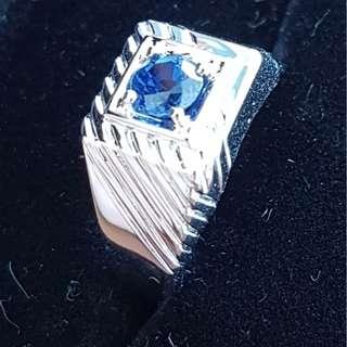Man Sapphire 18K White Gold Ring