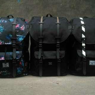 Herschel Little America Bagpack