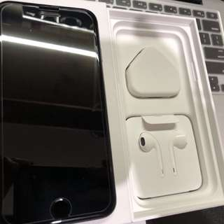 iPhone 7 Black 32GB Full Set with brand new accessory