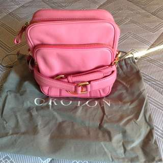 BNWT Oroton Elysian bag