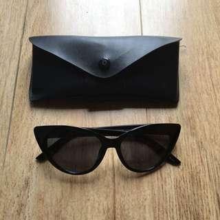 Original Rubi / Cotton On Sun Glasses