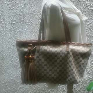 Authentic Gucci Tassel Shopping Tote-Nice bag