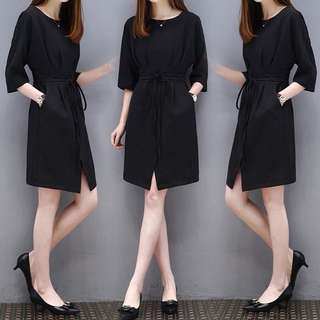 Black Coloured Ribbon Tie With 3/4 Sleeves Designed Dress