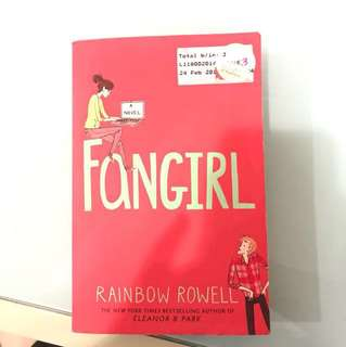Fangirl by Rainbow Rowell novel