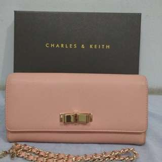 Dompet Charles n Keith ori