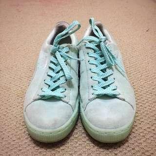 Suede Classic Velvet Women's Sneakers