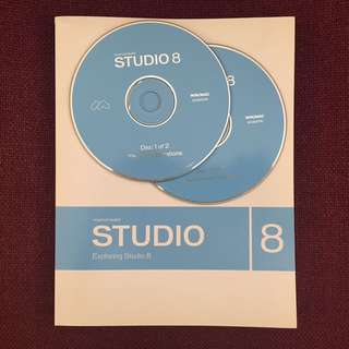 Studio 8 (Dreamweaver, Flash & Fireworks) Software & Book