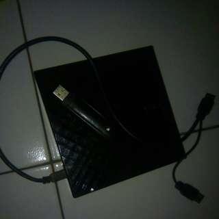 Dvd eksternal asus dan modem advan 3G