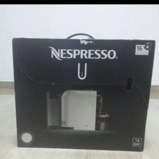 Nespresso U clear White